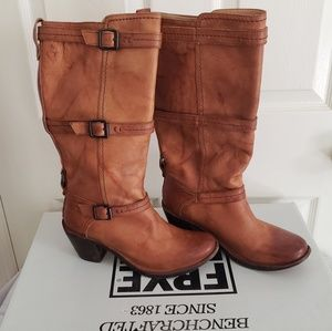 Frye Carmen 3 Boots Size 8.5
